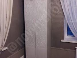 Шкаф с индивидуальной фрезеровкой под обои